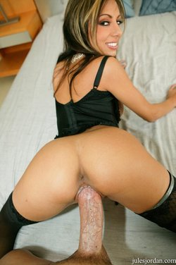 Pussy to pierced by a big fat cock