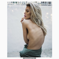 AnnaLynne McCord sexy and topless photos