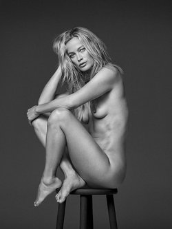 Carolyn Murphy fully nude black-&-white image