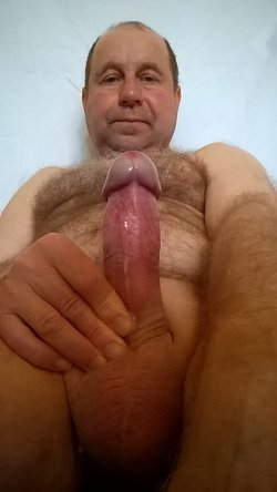 Masturbation Neagu Mircea 55 Years , with Penis in Erections , with 15 cm Long and 4,5 cm Bulk,Not Thread !