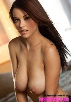 Beautiful brunette with lovely tits