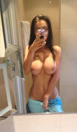Amateur romanian beautiful 21 yrs old woman with miraculous body