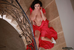 Ewa Sonnet - Lady In Red 6