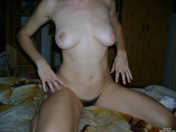Amateur dirty woman ready for screwing