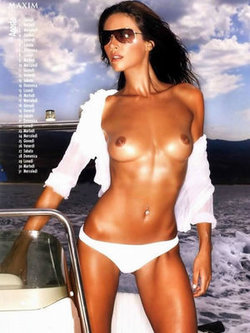 Australian model Vanessa Kelly nude tits and ass for 2005 Maxim Magazine sport calendar