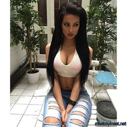 Love this hot babe - Picture: NRPRn