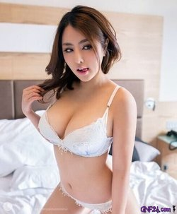 That hot women looks  absolutely sexy - Picture: d34Aw