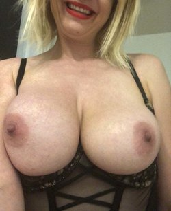 My wife hot tits