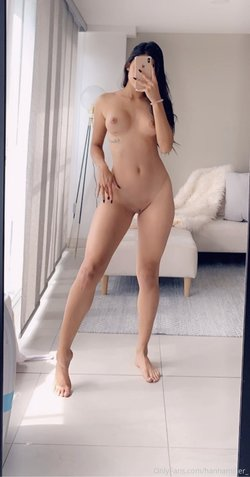 Sexy Naked Babe